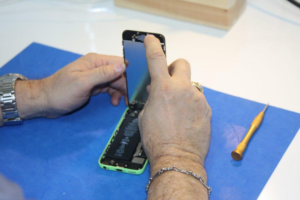 Byta batteri iPhone